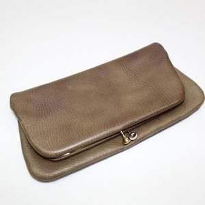 Vintage Thick Leather Kiss Lock Clutch